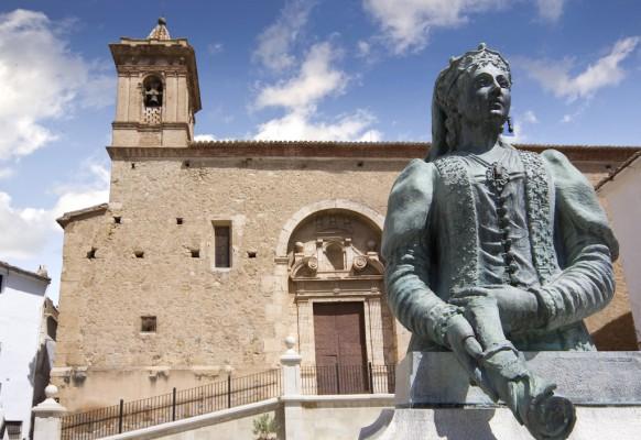 Iglesia y Escultura
